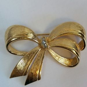 Vtg Avon Brooch Pin
